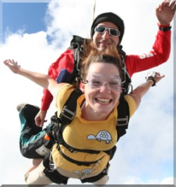 Tandem Skydiving in Chicago