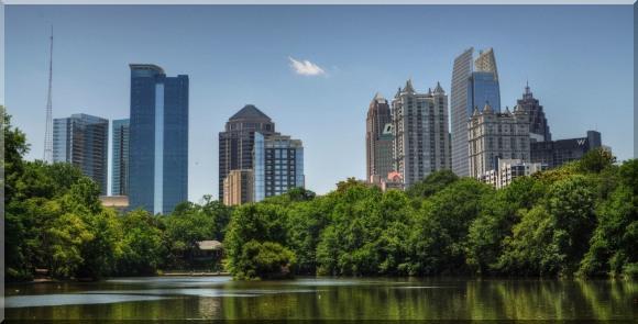 Skydive Atlanta city skyline